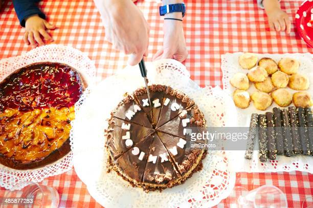 Magnificent 60 Top Birthday Cakes Fotos En Beelden Getty Images Birthday Cards Printable Nowaargucafe Filternl