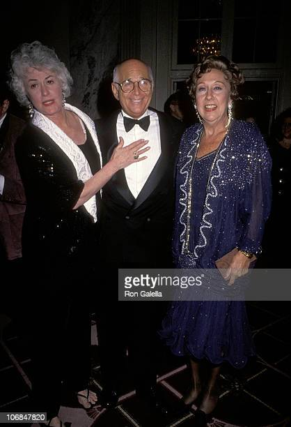 Bea Arthur Norman Lear and Jean Stapleton during The Spirit of Liberty Awards Dinner the 10th Anniversary Celebration of People for the American Way...