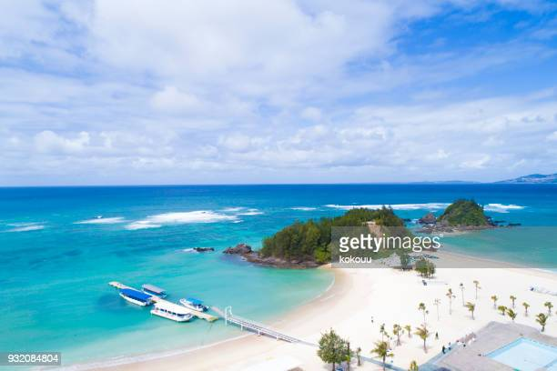 beach and island. - okinawa prefecture stock pictures, royalty-free photos & images