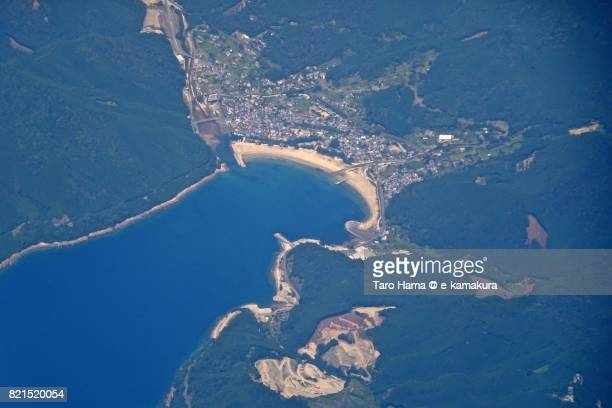 beach and seaside line in owase city in mie prefecture daytime aerial view from airplane - 三重県 ストックフォトと画像