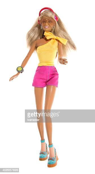 strand fashon barbie puppe joggen mit headset - ganzkörper freisteller editorial stock-fotos und bilder