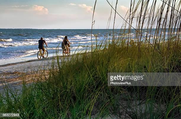 beach biking - hilton head stock pictures, royalty-free photos & images