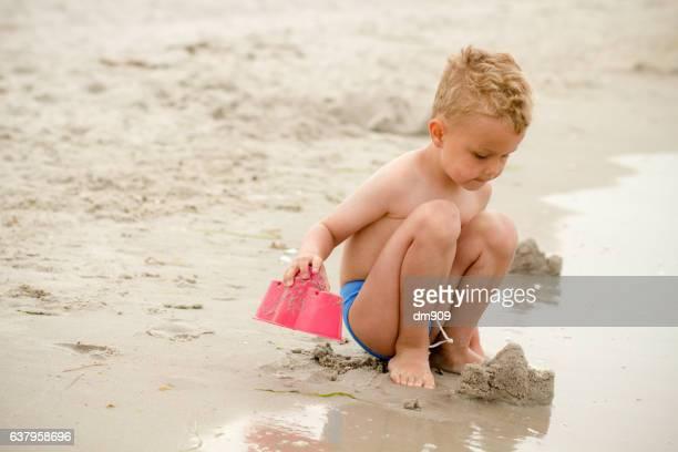 beach builder