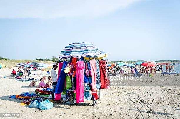 spiaggia costermonger - bancarella foto e immagini stock