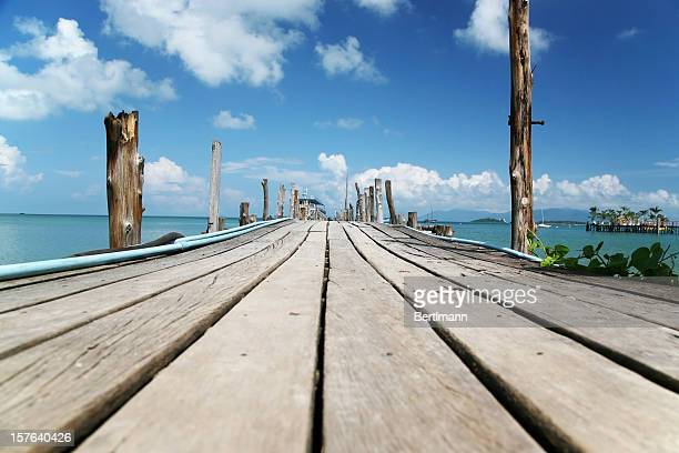 beach dock - honduras stock pictures, royalty-free photos & images