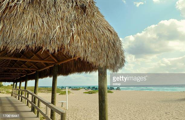 beach hut - hut stock pictures, royalty-free photos & images