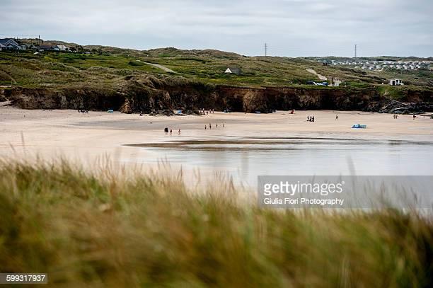 beach in gwithian, cornwall, uk - グイチアン ストックフォトと画像