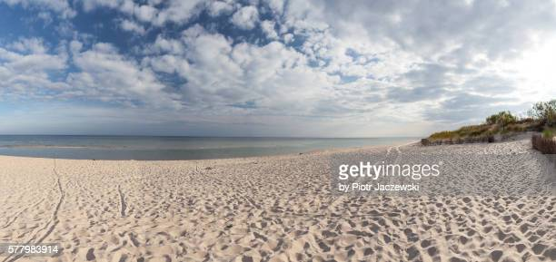 beach in hel panorama - polen stock-fotos und bilder