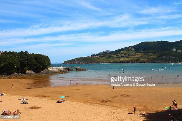 Beach in Mundaka town. Biscay province, Basque Country.