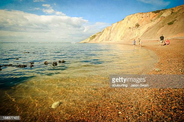 beach life - alum bay, isle of wight - s0ulsurfing stock pictures, royalty-free photos & images