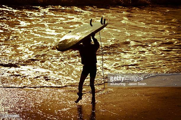 beach life, junior surfer! - s0ulsurfing stock pictures, royalty-free photos & images