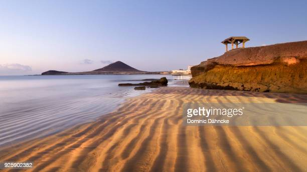 "beach of ""el médano"", in south of tenerife island (canary islands) - isla de tenerife fotografías e imágenes de stock"