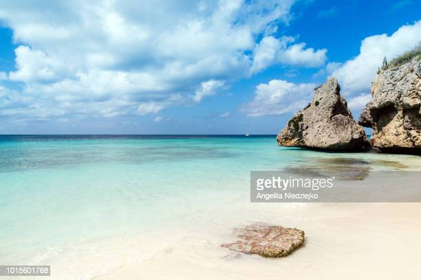 beach paradise, curaçao - curaçao stockfoto's en -beelden