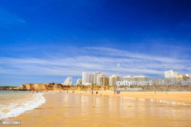 beach praia da rocha, portimao, algarve, portugal - albufeira stock photos and pictures