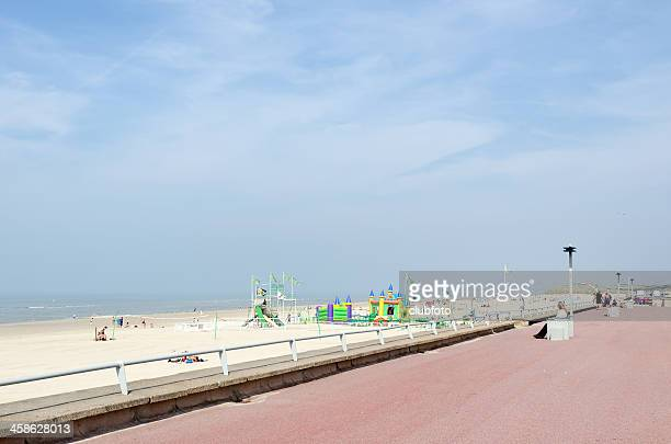 beach promenade at le touquet, picardy, france - le touquet paris plage stock pictures, royalty-free photos & images