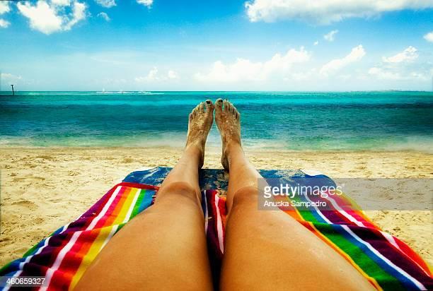 beach relax - ナッソー ストックフォトと画像