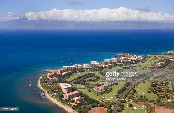 beach resorts on maui - lahaina stock pictures, royalty-free photos & images