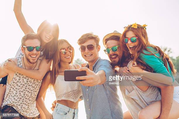 beach selfie - beach photos stock pictures, royalty-free photos & images