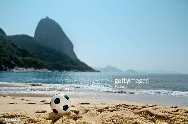 futebol de praia-rio de janeiro - rio de janeiro - fotografias e filmes do acervo