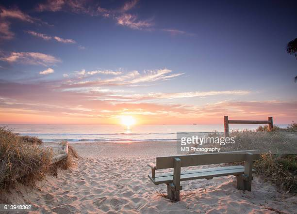 beach sunrise - queensland stock pictures, royalty-free photos & images