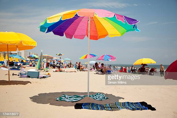 beach umberealla - parasol stock pictures, royalty-free photos & images