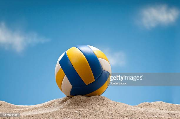beach volleyball on the sand - beachvolleybal stockfoto's en -beelden
