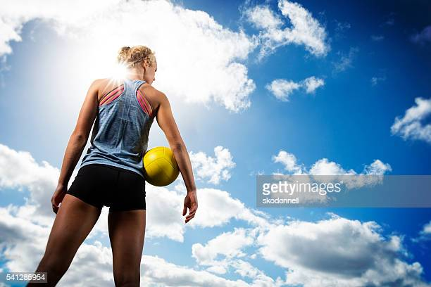beach volleytball girl looking off - beachvolleybal stockfoto's en -beelden