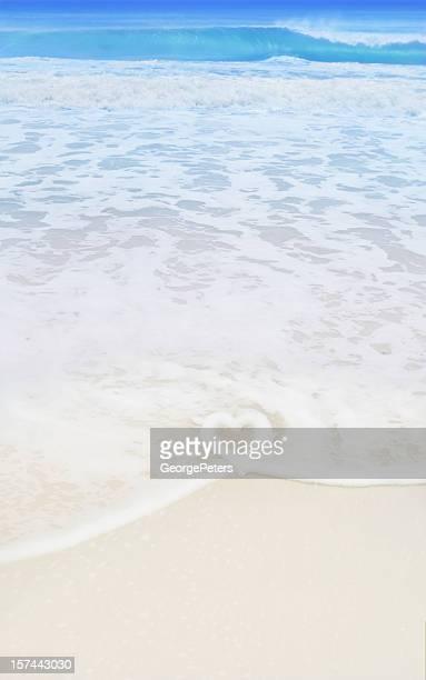 Strand mit herzförmigen Wave
