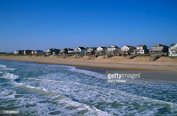 beachfront homes, atlantic, nags head - outer banks stock pictures, royalty-free photos & images