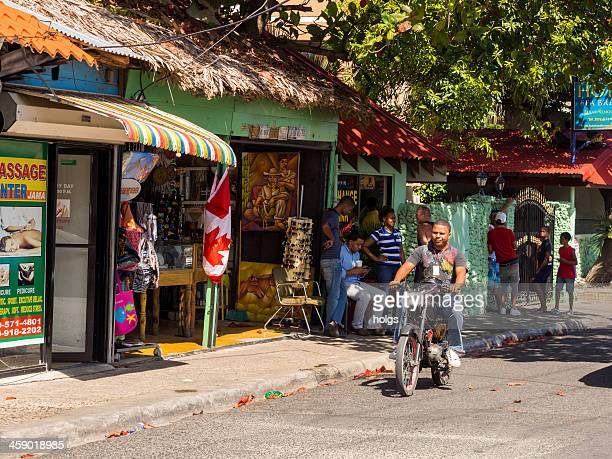 beachside craft stalls, sosua, dominican republic - dominican republic stock pictures, royalty-free photos & images