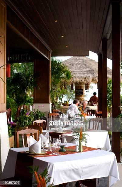 Beachside dining at Rocky's Resort, Hat Lamai.