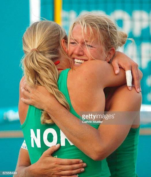 Beachvolleyball EM 2004 Timmendorf Jubeln Susanne GLESNES Kathrine MAASEIDE / NOR 110604