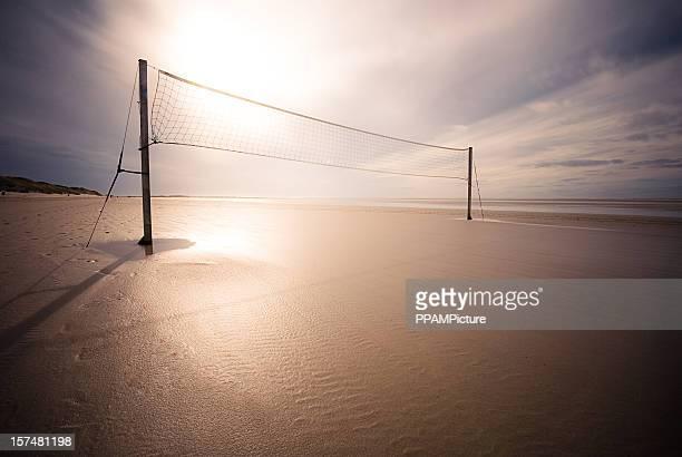 beachvolleyball campo - vóleibol de playa fotografías e imágenes de stock