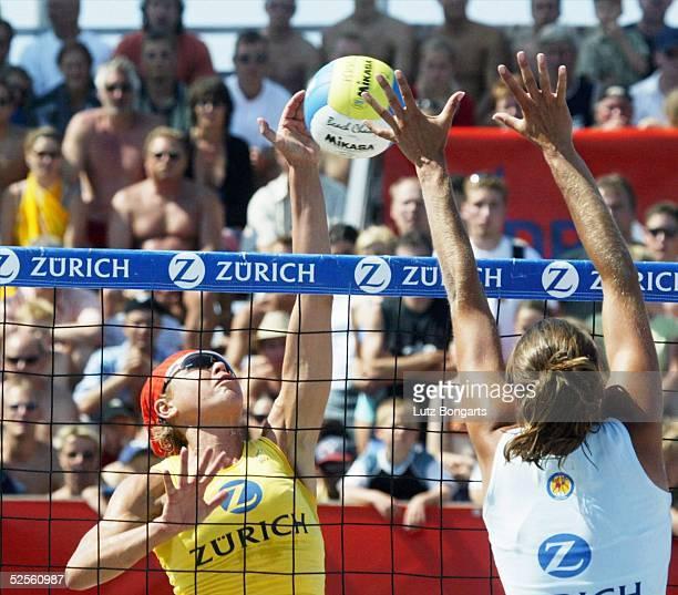 Beachvolleyball Masters 2004 Kuehlungsborn Ines PIANKA im Finale gegen Antje ROEDER 010804
