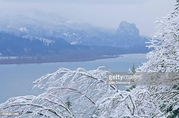 Beacon Rock, Columbia River Gorge, Oregon, USA; Beacon Rock and Columbia River with fresh snow