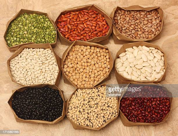 beans background - pinto bean stock photos and pictures
