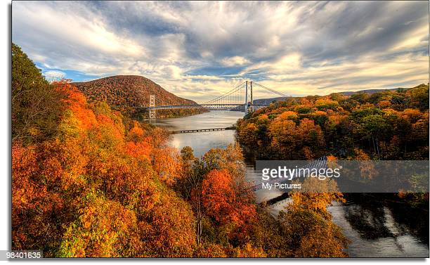 bear mountain bridge - hudson river stock pictures, royalty-free photos & images