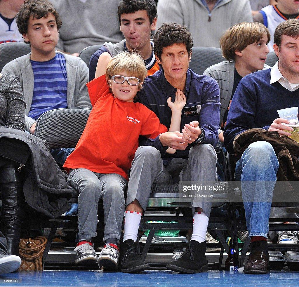 Celebrities Attend Detroit Pistons Vs. New York Knicks - January 18, 2010