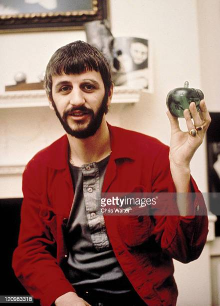 Beatles 1969 Ringo Starr at Apple Corps© Chris Walter