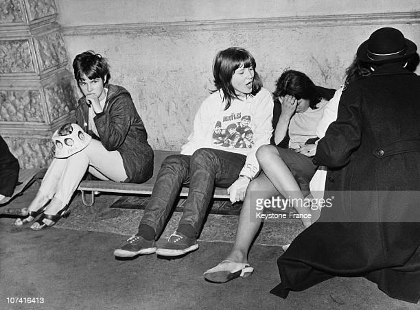 Beatles Fan During Premiere Of Help Movie In London On July 30Th 1965