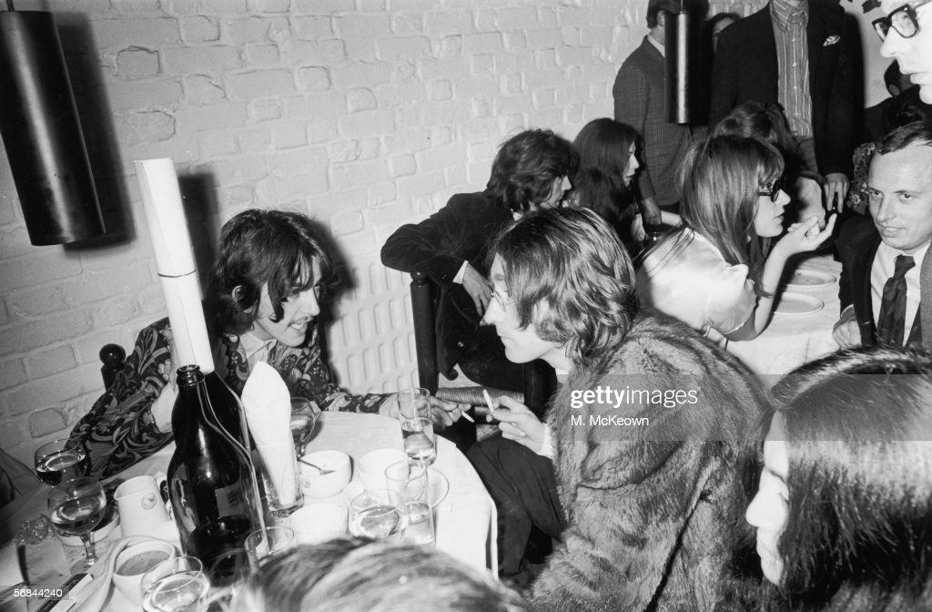 John And George : News Photo