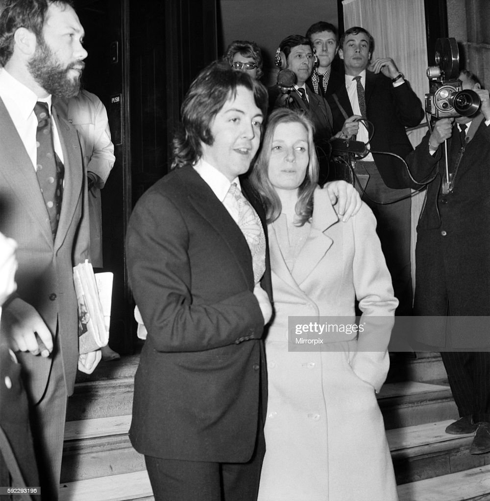 Beatles Singer Paul McCartney With His Bride Linda Eastman After Their Wedding Ceremony Lunch Was Had