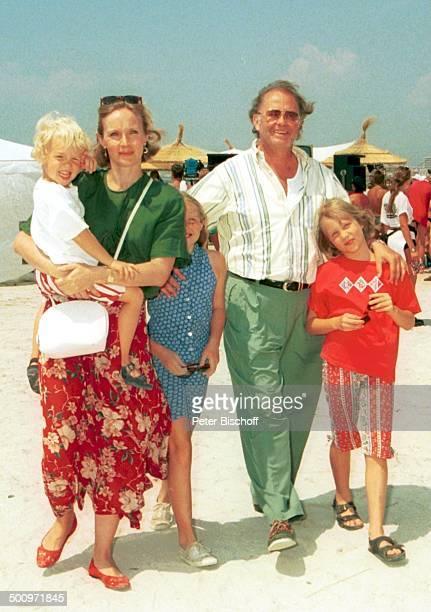 Beatrice Bouquet mit Sohn Oliver Walter Kollo Tochter Florence Marguerite Rene Kollo Tochter Magali Johanna Kollo Mallorca Spanien /GT Foto Peter...