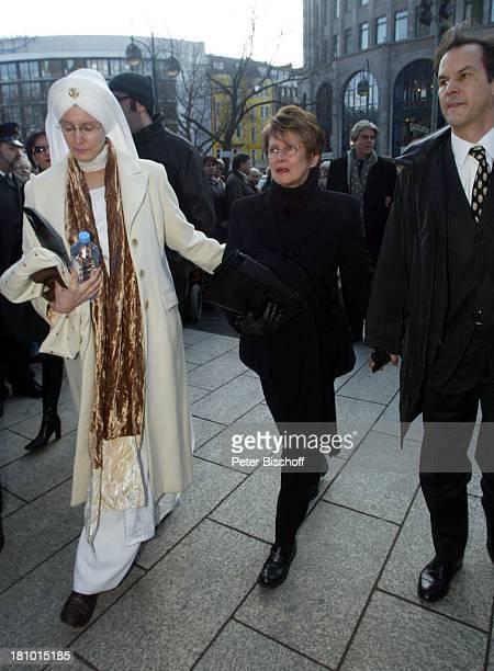 Beatrice Buchholz , Ehefrau Myriam Bru , Christopher Buchholz , Trauerfeier für Horst Buchholz, Trauergottesdienst, Kaiser-Wilhelm-Gedächtnis-Kirche,...