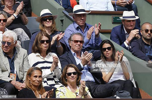 Beatrice Leeb Michel Leeb their daughter Elsa Leeb above them Greg LeMond and his wife Kathy LeMond attend day 9 of the French Open 2015 at Roland...