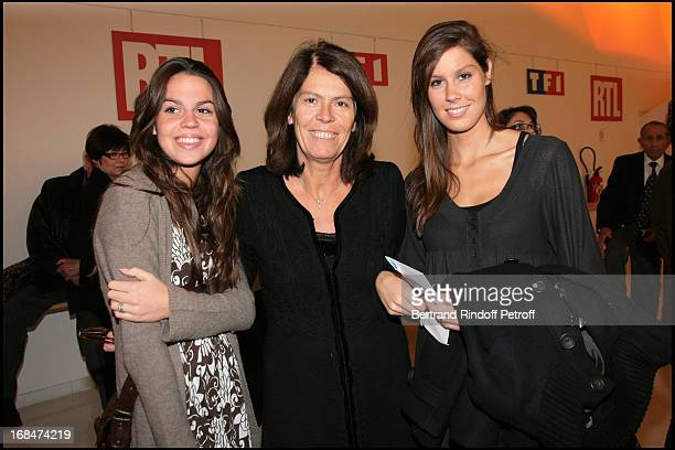 Beatrice Leeb with daughters Elsa and Fanny at Michel Leeb's 30 Year Career Celebration At Palais Des Congres In Paris