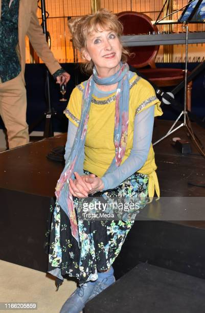 Beatrice Richter attends the 'Zuhause bin ich Darling' theater premiere at Komoedie am Kurfuerstendamm im SchillerTheater on August 4 2019 in Berlin...