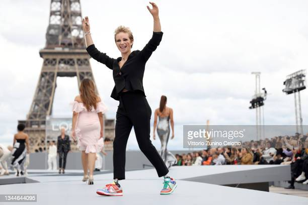 """Beatrice Vio walks the runway during """"Le Defile L'Oreal Paris 2021"""" as part of Paris Fashion Week on October 03, 2021 in Paris, France."""