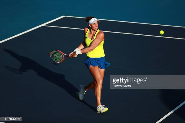 Beatriz Haddad Maia of Brazil returns a ball during the match against Sloane Stephens of United States as part of the day 3 of the Telcel Mexican...