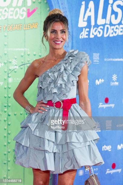 Beatriz Jarrín poses for the photographers during the premiere of the film 'La lista de deseos' directed by Spanish film maker Alvaro Diaz Lorenzo at...
